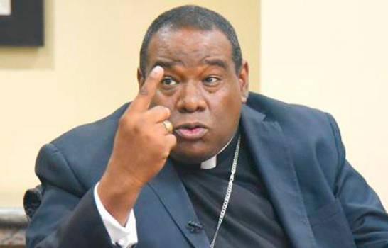 """Obispo Castro Marte define alzas de precios como un acto """"desmedido y criminal"""""""