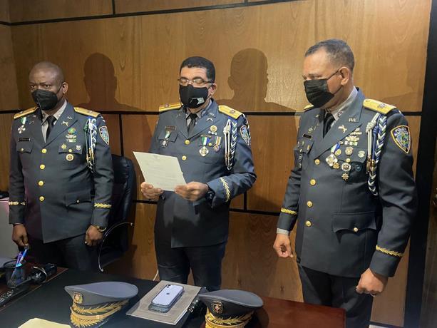 Policía realiza cambios en Santo Domingo Norte y Noroeste